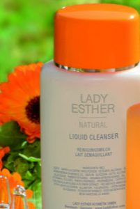 Natural liquid cleanser